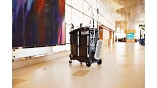 De Rubbermaid Commercial Executive Series Ultra compacte huishoudkar is een ergonomische en lichtgewicht huishoudoplossing.