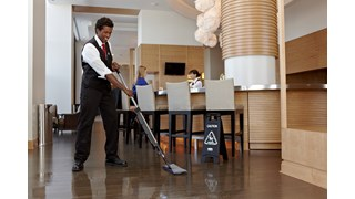 HYGEN™ PULSE™ Microfibre Mop Frame cleans more square feet in less time. Industry-best Microfibre, onboard reservoir, and use-controlled release of solution mean cleaner floors faster, easier, and more effectively.