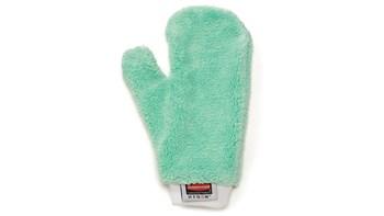 Ces moufles en microfibre double face Rubbermaid HYGEN™ facilitent le nettoyage des interstices et des surfaces irrégulières.