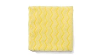 Die Rubbermaid Commercial HYGEN™ Tücher mit integrierter Schrubberstruktur entfernen mehr Schmutz bei der Staubreinigung und bieten bei der Feuchtreinigung eine bessere Flüssigkeitsaufnahme.