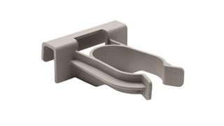Der PULSE™-Mopp-Clip von Rubbermaid Commercial passt perfekt auf den Slim Jim® Rim Caddy zur Aufbewahrung und zum Transport des PULSE™-Mopps von Rubbermaid.