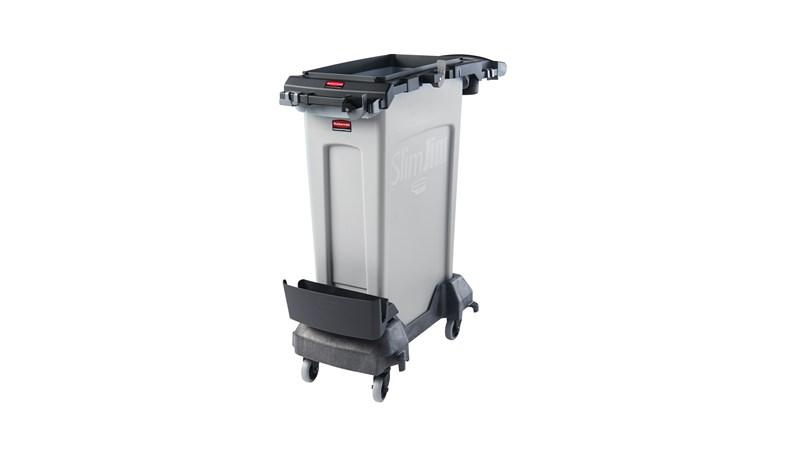 Der Slim Jim® Rim Caddy von Rubbermaid Commercial ist eine zweckorientierte Lösung zur Aufbewahrung und zum Transport der gängigsten Reinigungsgeräte bei der Sammlung von Abfall auf engstem Raum.