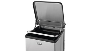 The Defenders® decorative refuse container is an ideal waste receptacle for hospitals, doctor's offices and other healthcare facilities. The step-on foot pedal enables hands-free operation, while the smooth surfaces are easy to clean.