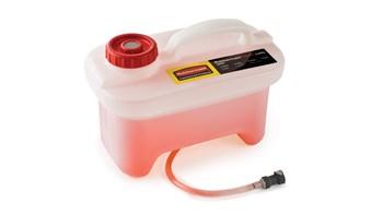 Der HYGEN™ PULSE™ Caddy mit hohem Fassungsvermögen für das Mikrofaserreinigungssystem ermöglicht mit einer Füllung eine Reinigung von bis zu 930 Quadratmetern, wodurch unnötige Gänge zum Nachfüllen reduziert werden.
