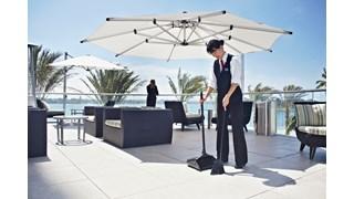 Die Lobby-Pro®-Kehrschaufel von Rubbermaid Commercial ist ideal für Einkaufszentren, Restaurants, Lobbys und mehr.