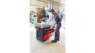 The 5-Drawer Mobile Work Center is a comprehensive mobile workbench with easy-to-organise tool storage.