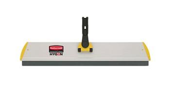 Les supports Rubbermaid HYGEN™ Quick-Connect sont dotés d'un profilé plat qui glisse facilement sous les meubles et équipements.