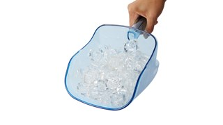 The Rubbermaid Commercial ProServe® Ice Handling System promotes safe transfer of ice to reduce risk of cross-contamination while improving safety